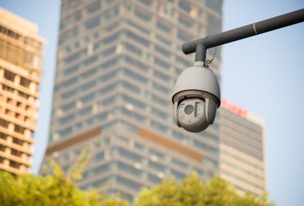 камера в городе